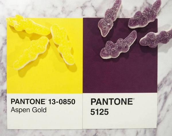 Les couleurs des bonbons ont une référence de couleur Pantone