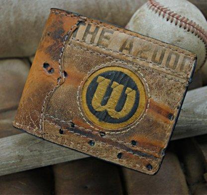 Traditional Bifold: Repurposed Baseball Gloves Wallet