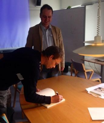 Soren Hansen pasiraso savo knyga