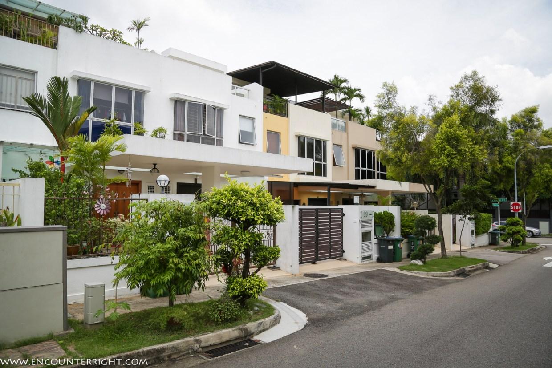 singapore (15 - 52)
