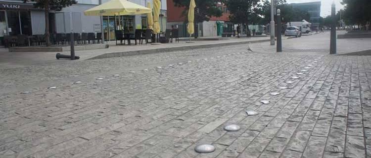 vvs-straatmeubilair-markeringen-markeernagels-uitgelicht