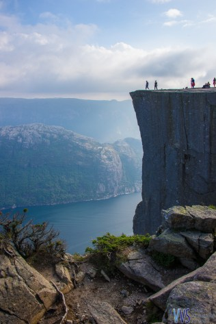 And finally, the Preikestolen in sight! And what a sight it is!