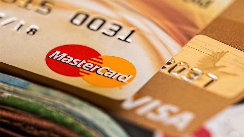 Банковская карта – что теперь с ней делать?
