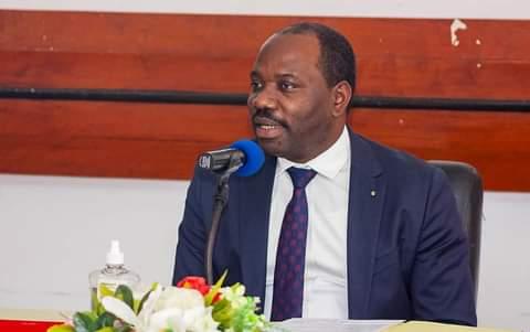 Gabon: H. MBADINGA MADIYA rencontre les syndicalistes de la DGC