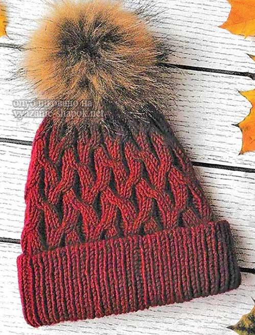 Женская шапка спицами Малинка