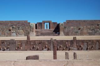 プマプンク遺跡の謎と宇宙人のテクノロジー