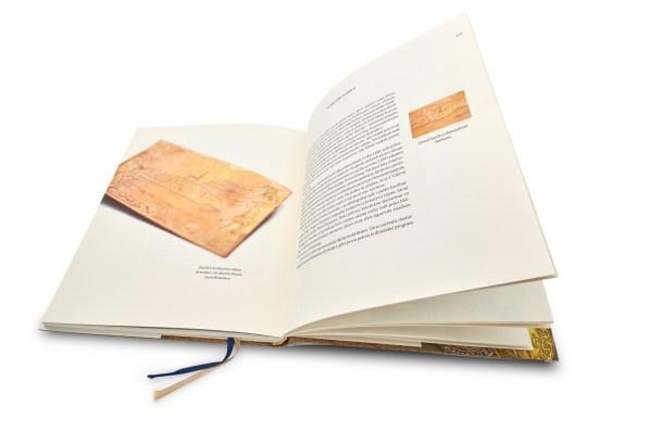 rak-fotenie-kniha-tretia-92