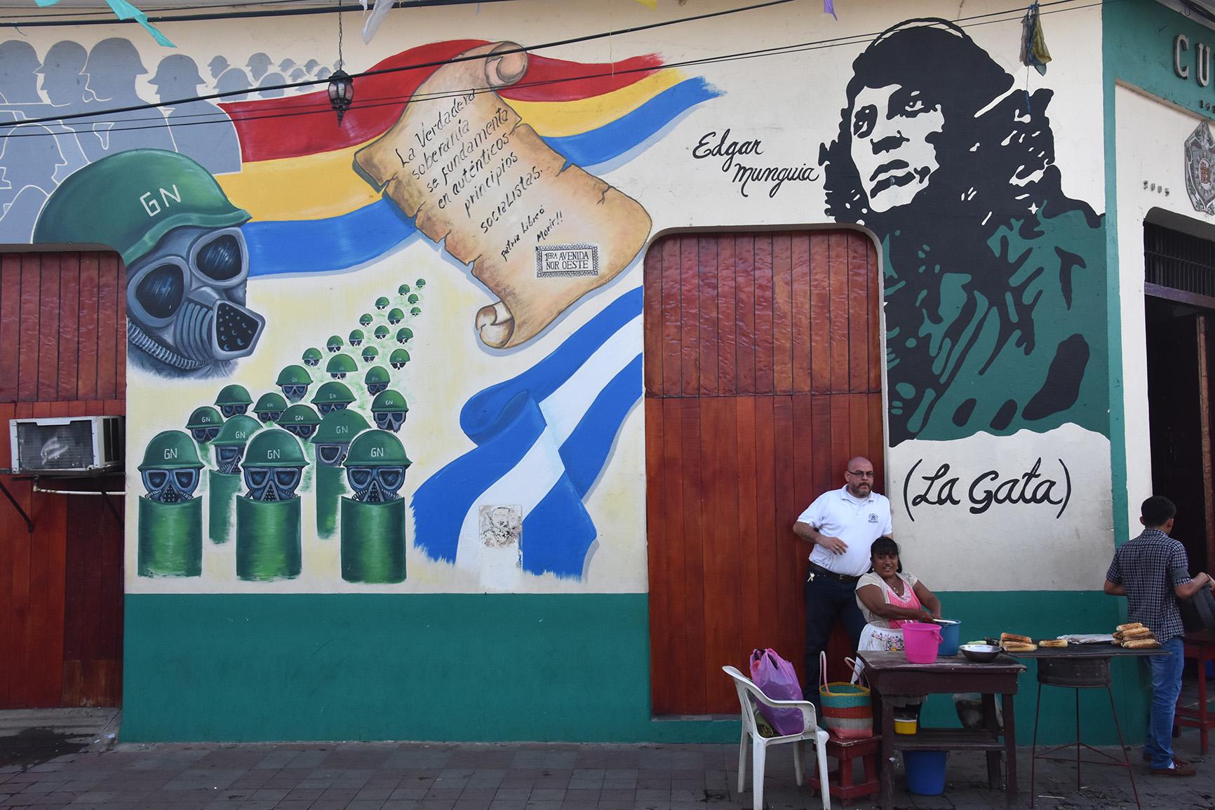 leon-revolution-mural-copyright-jono-vernon-powell