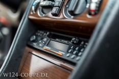 Mercedes-Benz W124 C124 Coupe 300 CE 017