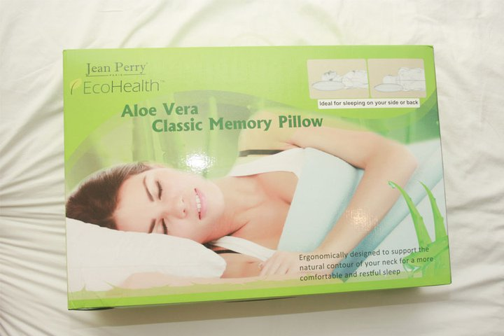 Jean Perry Aloe Vera Memory Pillow- Classic Shape