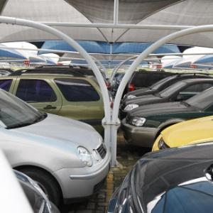 O ápice da proliferação de vagas de estacionamento em São Paulo foi em 2001, segundo o levantamento