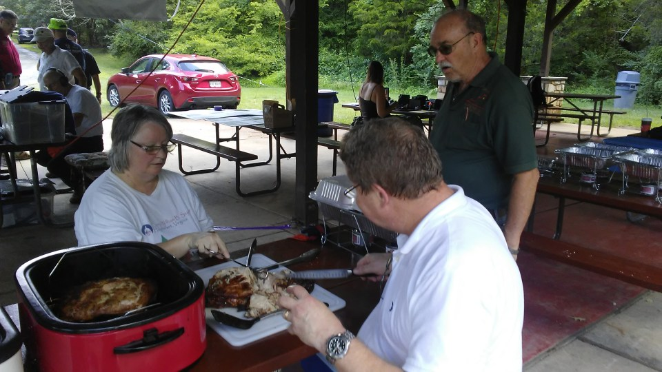 dinner. The guy in red shirt at far left is N2COP , our ARRL Vice Director