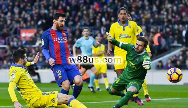 Soi kèo Las Palmas vs Barcelona lúc 03h00 ngày 02/03 vòng 26 La Liga