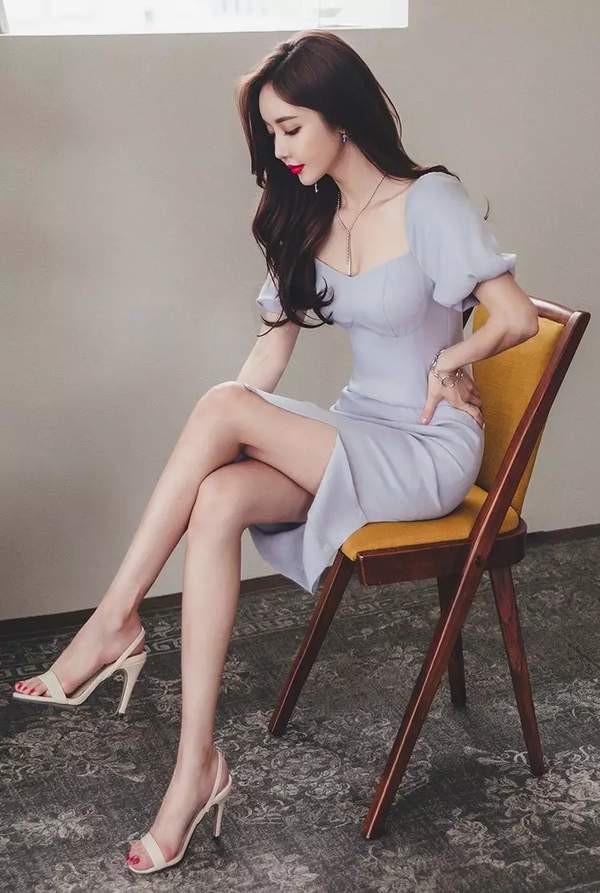 son-yoon-joo-khien-fan-dung-hinh-vi-qua-xinh-dep (4)