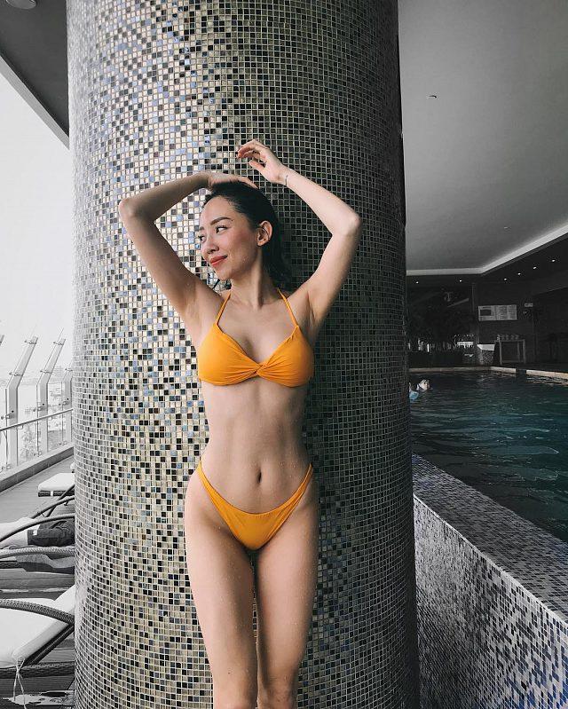 choang-vang-voi-loat-anh-bikini-sieu-nong-cua-toc-tien (7)