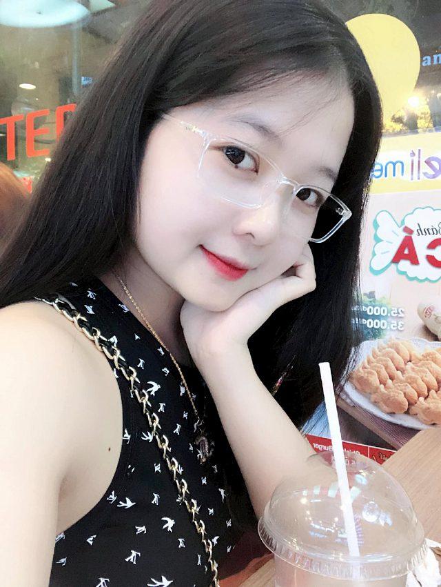 me-man-ve-dep-trong-veo-cua-nang-hot-girl-vu-phuong (5)