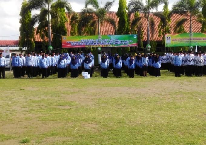 Upacara HUT KORPRI, HUT Guru dan HUT Kesehatan Nasional di Lingkungan Kec. Adipala