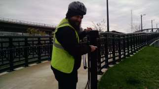 Cleaning up the Rhode Island Ave Pedestrian Bridge