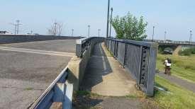 A free sidewalk