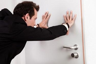 door push marked closing shut break pulls close istock thwarted bar keep