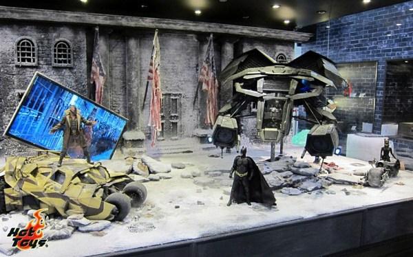 Hot Toys Releases New Images Of Avengers Hulk Dark