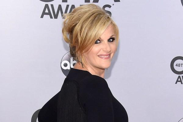 Trisha Yearwood Reveals Details For Third Cookbook