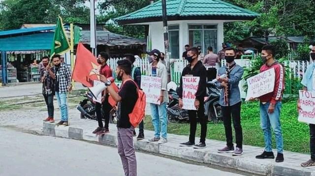 demo mahasiswa TTU