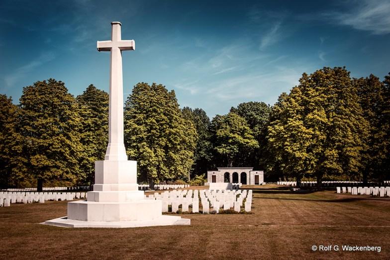 War Cemetery, Foto/Copyright: Rolf G. Wackenberg