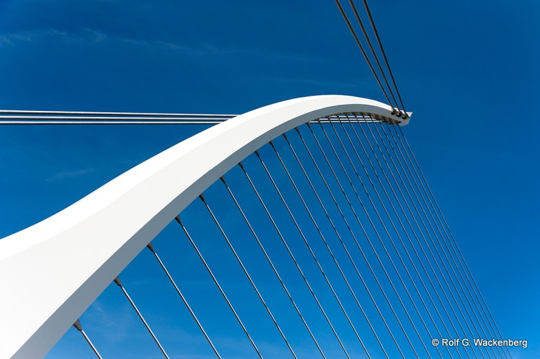 Samuel Beckett Bridge, Foto/Copyright: Rolf G. Wackenberg