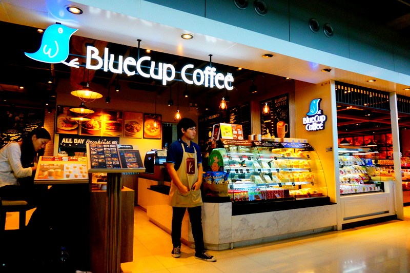 「BlueCup Coffee」