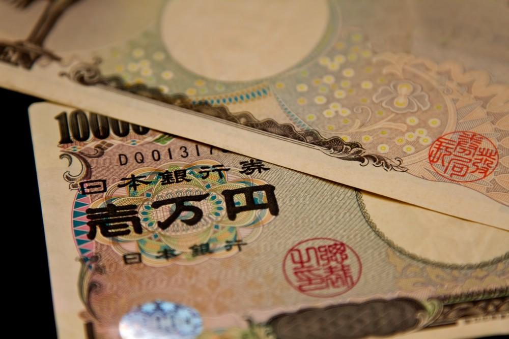 年間で貯金100万円を貯める簡単な方法!!知って達成しよう!