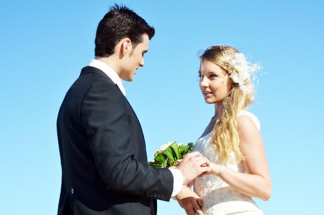 結婚相手の決め手はなに?幸せになるために外せない条件とは…