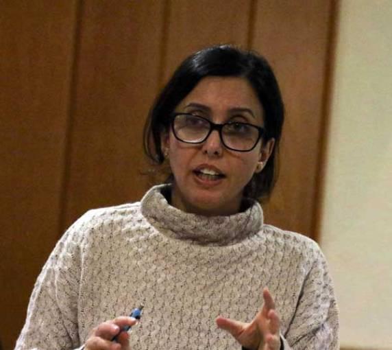 Rechtsanwältin Nizaqete Bislimi gab eine Führung durchs Asyl-Dickicht.