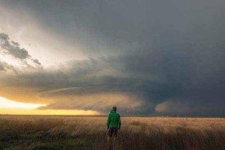 Extremwetterfotograf Dennis Oswald ist stets auf der Suche nach ungewöhnlichen Motivem