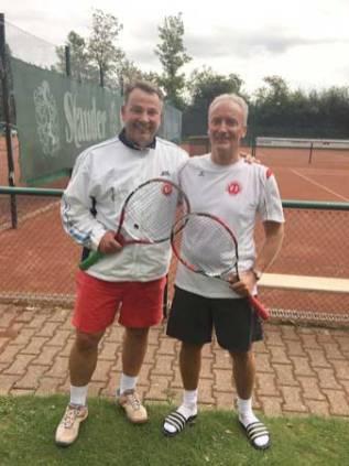 Die Finalisten in der Konkurenz Herren 50: Robert Lehrich und Herbert Flis(Sieger) beide vom WTB.