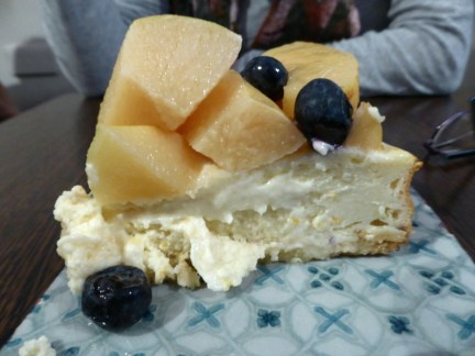 Quince & blueberry cheesecake