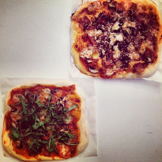"""Pizza """"His & Hers"""""""