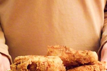 Le poulet frit à ma façon et sa sauce bourbon & miel - Muse To The Pharaoh