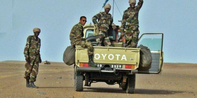 الجيش يوقف عشرات المنقبين بصحراء تيرس زمور
