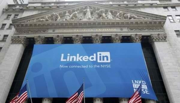5 hints can help you recognize a fake LinkedIn profile