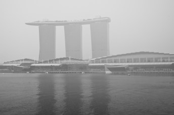 Marina Bay Sands disappearing in the haze