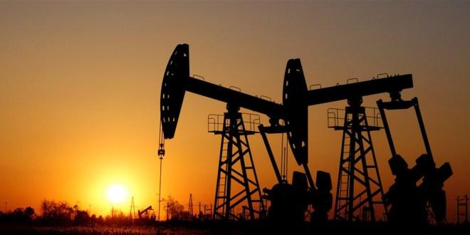 انخفاض أسعار النفط وسط مخاوف إزاء الطلب بسبب كورونا