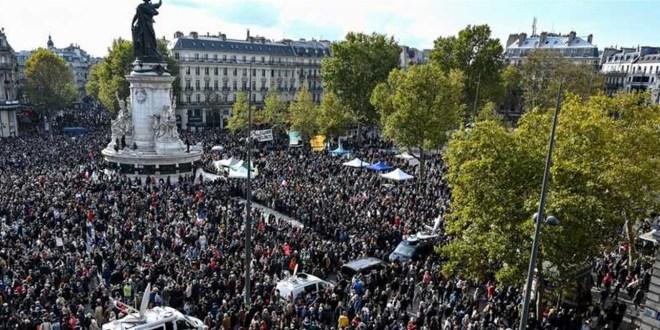"""الحكومة الفرنسية تواصل """"حملتها""""… وتحلّ جمعية إسلامية!"""