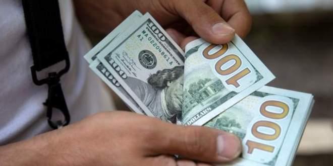 هل سينخفض الدولار أكثر… أم سيرتفع مُجدّدًا؟