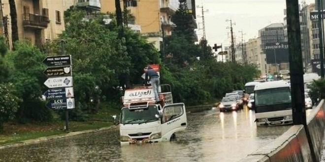 بحيرات الأمطار تتكرر والمحاسبة غائبة.. وتحرك حكومي مرتقب من دون نتيجة متوقعة