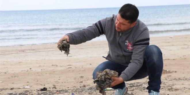 بدء إزالة آثار العدوان النفطي الإسرائيلي عن الشاطئ الجنوبي