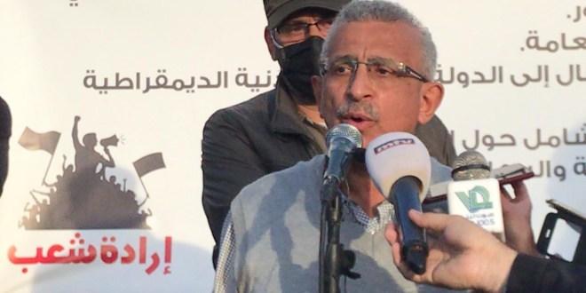 اسامة سعد خلال لقاء في ساحة الشهداء بصيدا: سنسعى لتشكيل أوسع كتلة وطنية تؤمن بالتغيير