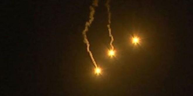 قنابل مضيئة فوق بليدا والبياض ودراون معادية فوق موقع للجيش