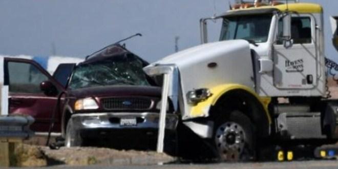 مصرع 13 شخصاً في اصطدام شاحنة بسيارة محشوة بالركاب في كاليفورنيا