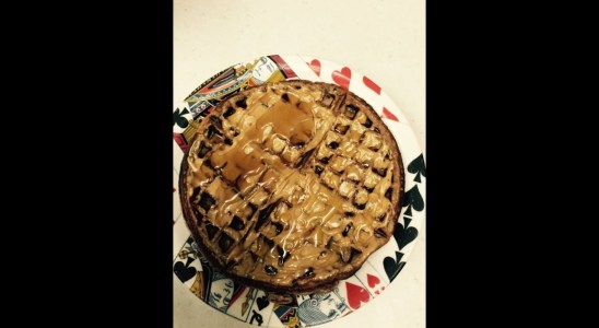 Tresen makes Incredible reece's pieces waffle recipe with herbalife f1 sport shake mix
